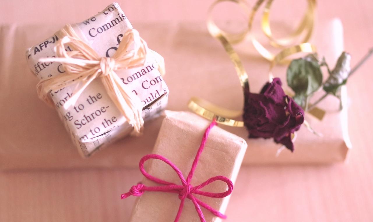 妻へのプレゼントの選び方。喜ばれる秘訣は「愛の言語」にあった